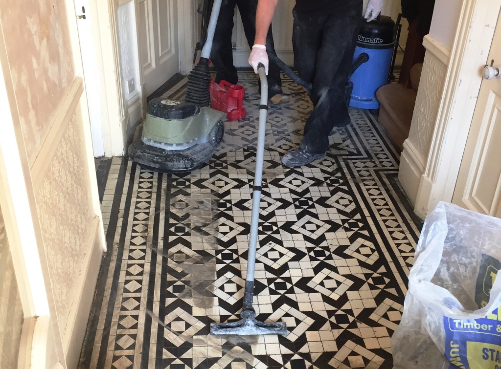 Cleaning Victorian Hallway Floor Tiles in Woodford Green